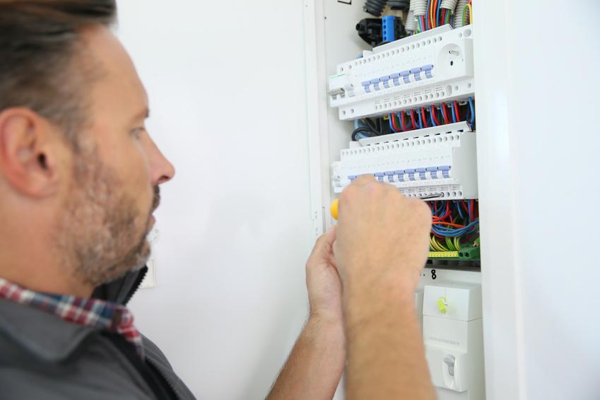 Cambiar instalación eléctrica - Costes y mano de obra