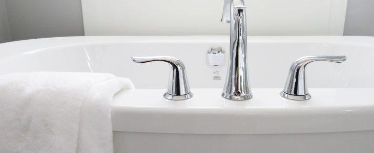 blanquear la bañera