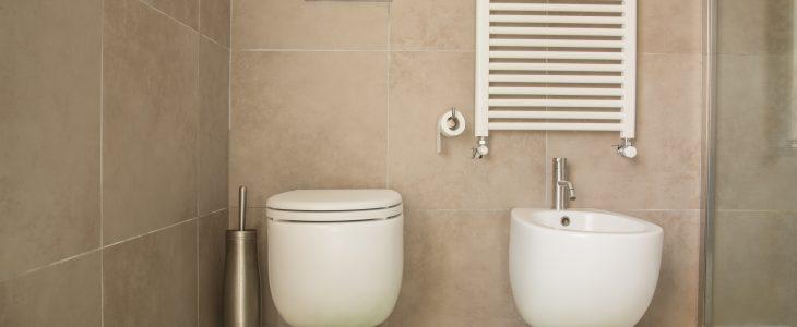 accesorios de baño suspendidos