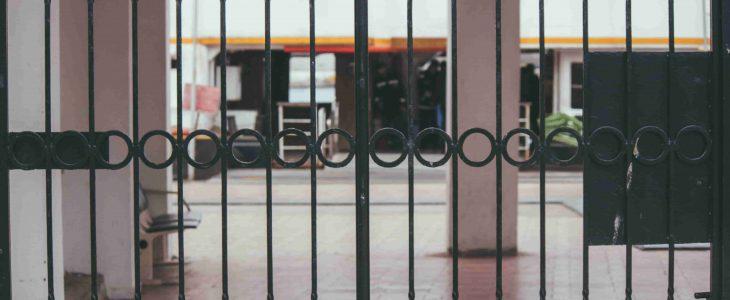 puertas de hierro exterior